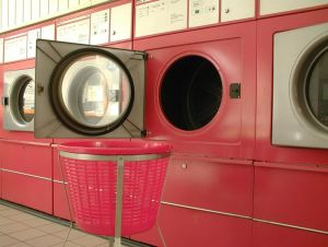 16707_red_washing_machine004