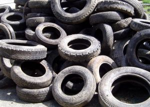 565020_old_tyres