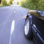 Szybki transport z punktu A do punktu B – Jak działa wypożyczalnia samochodów
